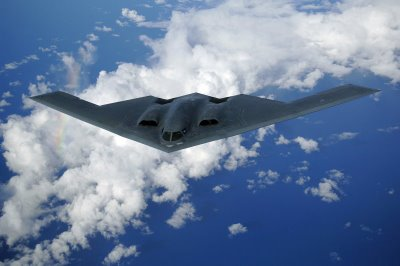 https://nabilizzaa.files.wordpress.com/2012/03/b-2spirit.jpg?w=300